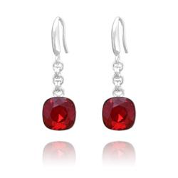 Boucles d'Oreilles Cushion Cut 10mm en Argent et Cristal Rouge Siam