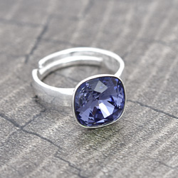 Bague Cushion Cut 10MM en Argent et Cristal Tanzanite