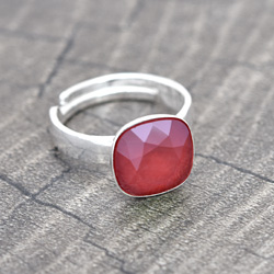 Bague Cushion Cut 10MM en Argent et Cristal Royal Red