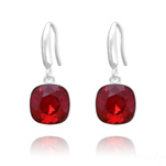 Grossiste Boucles d'Oreilles Cushion Cut Light 10mm En Argent et Cristal Rouge Light Siam