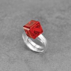 Bague Cube 8mm en Argent et Cristal Rouge Light Siam