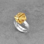 Wholesale Cube 8mm Silver Ring with Swarovski Crystal - Golden Shadow