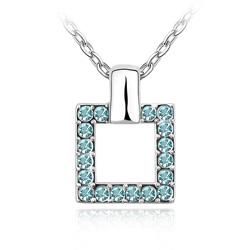 Collier Design Carré en Cristal Bleu